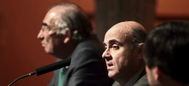 Luis de Guindos en una conferencia