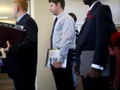 El 43% de las empresas contratarán en 2018