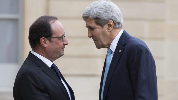 Hollande y Kerry