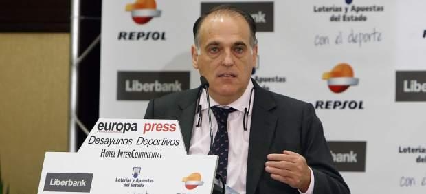 """Tebas: """"El independentismo tiene secuestrado al Barcelona"""""""
