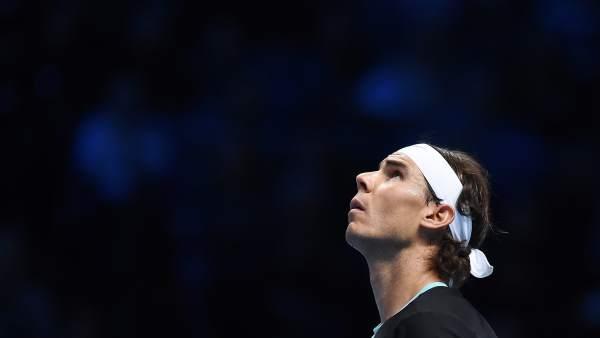 Rafa Nadal tras ser eliminado por Djokovic en la semifinal del Masters Series de Londres.