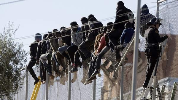 Resultado de imagen de inmigrantes ilegales ceuta melilla
