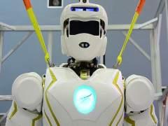 Campus tecnológicos para jóvenes: robots, drones y más