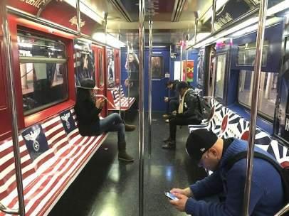 Promoción de Amazon en el metro de Nueva York