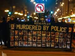 Cientos de personas protestan en Chicago al conocerse un v�deo de la muerte de un joven negro