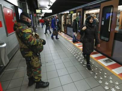 Bruselas reabre el metro