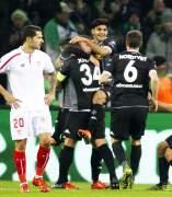 Gol del M�nchengladbach al Sevilla