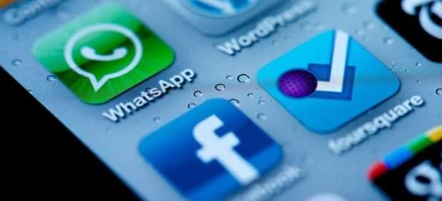 Un estudiante español descubre que Whatsapp y Facebook compartirán tus datos