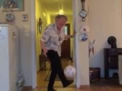 Ase Marie Nordhagen, la abuela que da toques de bal�n