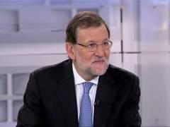 Rajoy promete elevar a 4 a�os la tarifa plana de 500 euros a contratos fijos
