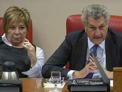 Celia Villalobos y Jes�s Posada