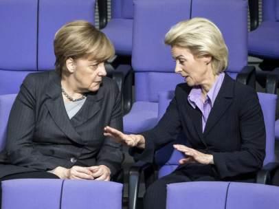 Ángela Merkel y Úrsula von der Leyen