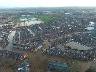 La tormenta 'Desmond' arrasa el noroeste de Inglaterra
