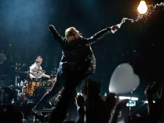 Bono y U2, en París