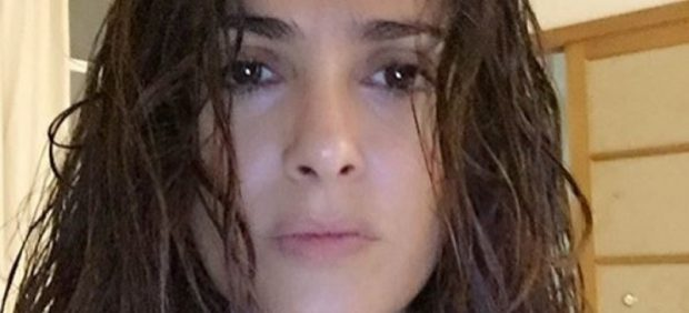 Salma Hayek, la última belleza en fotografiarse sin maquillaje