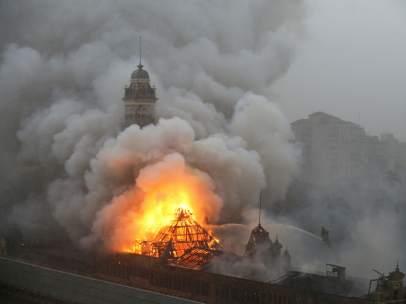 Fuego en el museo en Sao Paulo, Brasil