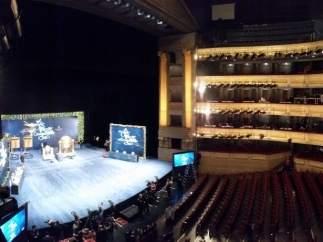 Panorámica del Teatro Real antes del sorteo