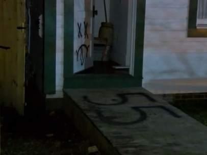 Pintadas en la casa de Bill Clinton