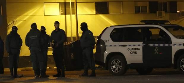 La Guardia Civil asesta el mayor golpe a las drogas de diseño en España: hay 52 detenidos
