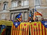 Concentración ante el Palau de la Generalitat, para exigir un acuerdo a Junts pel Sí y la CUP.
