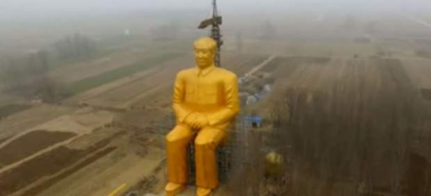 Desmantelan por ilegal la estatua gigante cubierta de oro de Mao