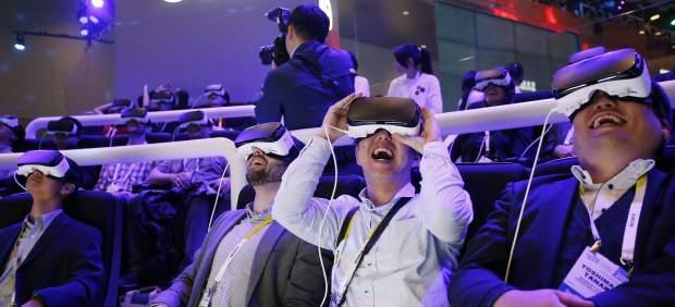 Así es el Facebook del futuro: te relacionarás con tus contactos con realidad virtual
