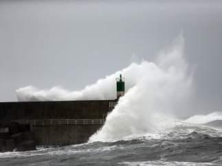 El puerto de A Guarda, en Pontevedra, este domingo.