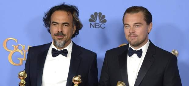 Iñárritu and Di Caprio with his Golden Globe