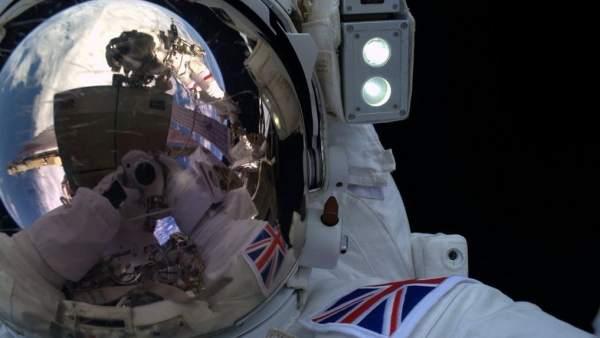 Selfie espacial