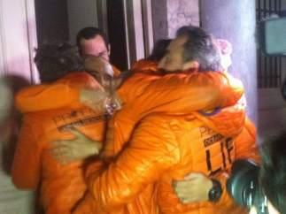 Bomberos españoles liberados