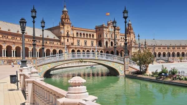 Gastronom a monumentos playas espa a 39 vende 39 sus for Lugares turisticos de espana madrid