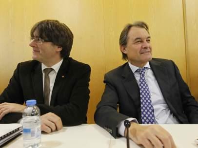Artur Mas y Carles Puigdemont en la reunión de la ejecutiva de CDC de este lunes