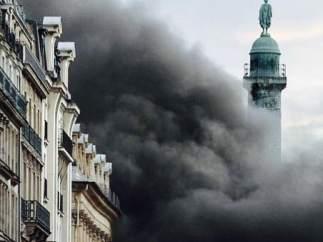 Fuego en el Hotel Ritz de París