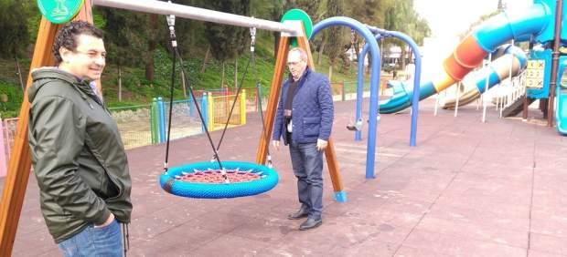 Columpio para niños con movilidad reducida