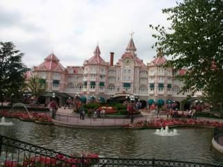 Entrada principal de Disneyland París