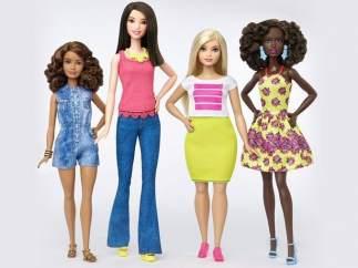 Barbie cambia su color, altura y talla (2016)