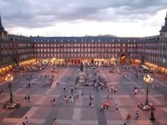 400 estudiantes fabricarán la hoja de papel más grande del mundo en la Plaza Mayor
