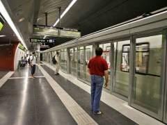 Interrumpida la circulación de trenes en el centro de Barcelona por la actuación de los bomberos