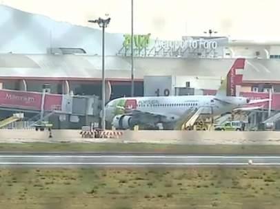 Un avion de TAP desalojado en el Aeropuerto de Faro