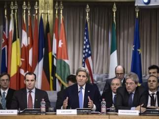 Cumbre contra Estado Islámico