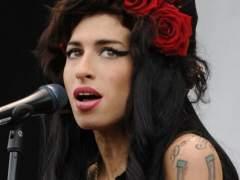 La música sigue llorando la muerte de Amy Winehouse siete años después