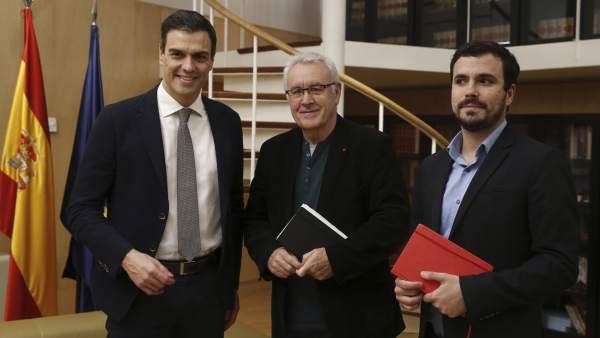 Pedro Sánchez, Cayo Lara y Alberto Garzón