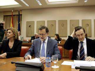 Rajoy se reúne en el Congreso con los diputados de PP