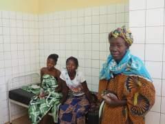 Una ONG española lleva la cirugía reparatoria de la ablación a Burkina Faso