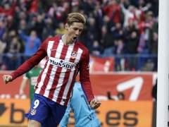 El Atleti remonta ante el Eibar y Torres marca su gol 100