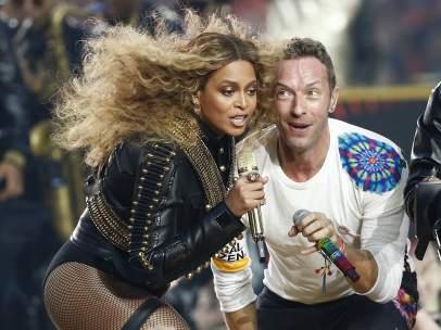 Beyoncé Chris Martin.