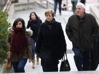 Familiares llegan al juicio por el Madrid Arena