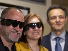 Una prótesis de retina devuelve parte de la visión a tres pacientes con un chip en el ojo