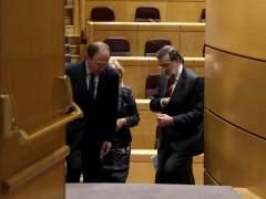 Rajoy evita hablar de corrupción en el Senado y carga contra Pedro Sánchez
