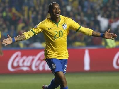 Robinho con Brasil